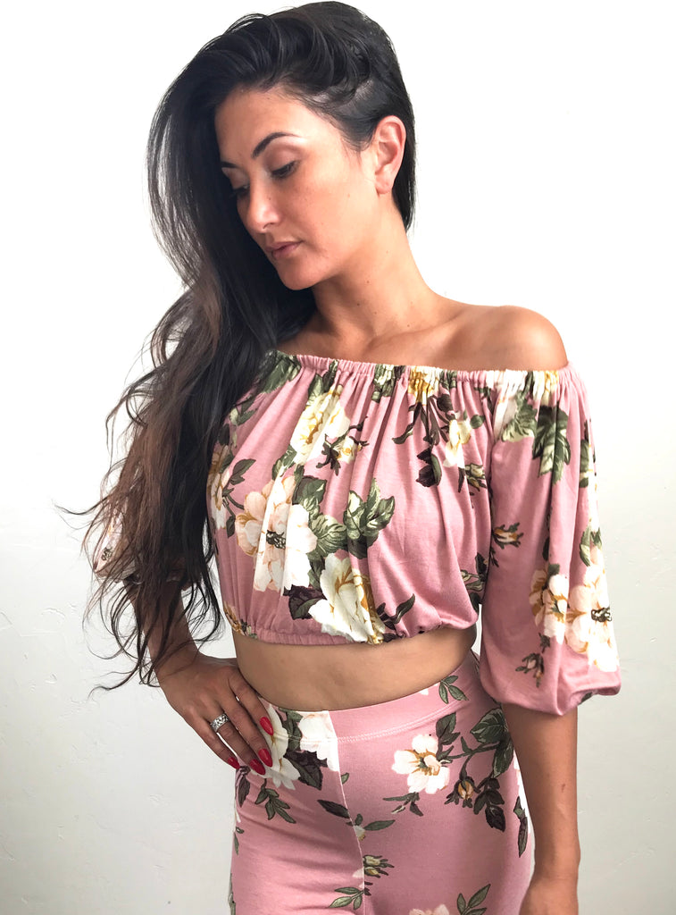 Off the shoulder crop- Pink floral