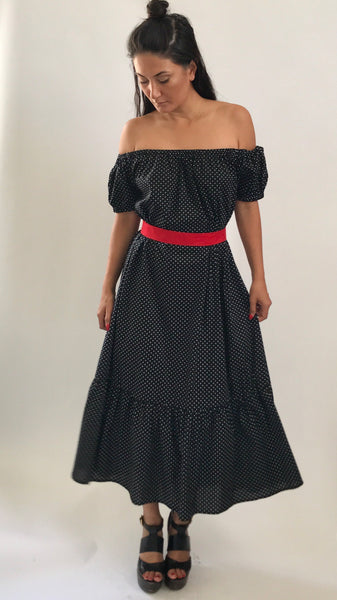 Off shoulder ruffle dress - Black polka dot