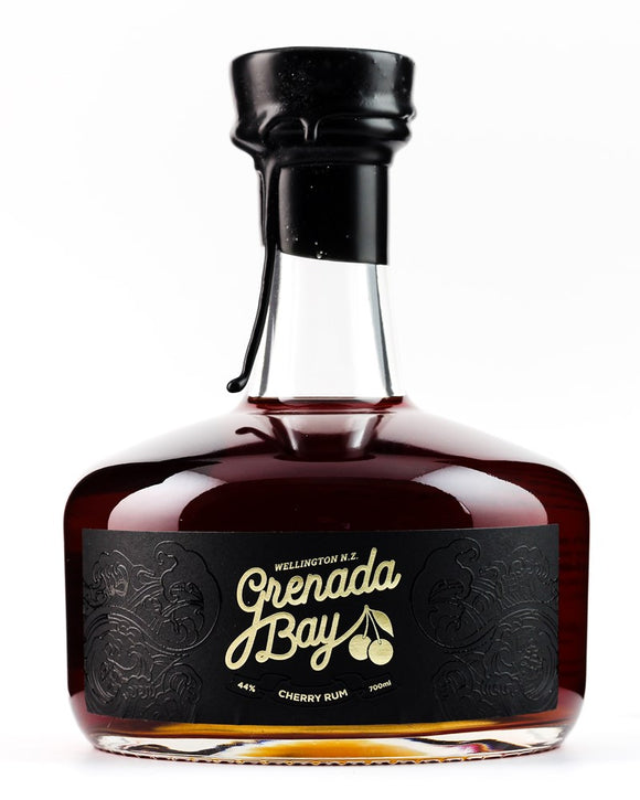 GRENADA BAY CHERRY RUM 44% 700ML