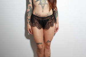 Classic French Knicker - Black Lace