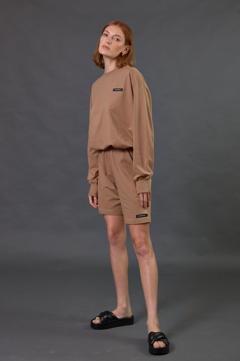 Light tracksuit shorts in Camel