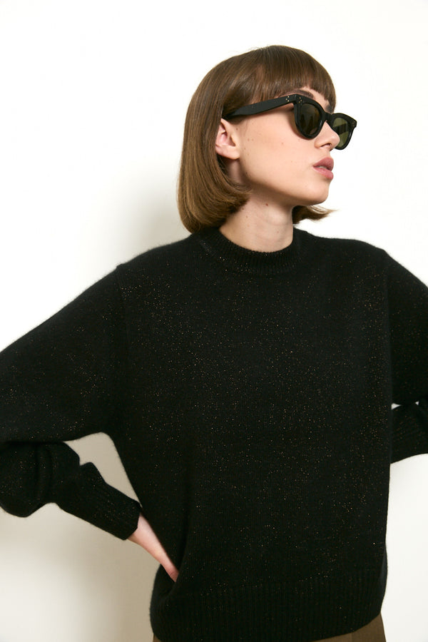 Wool blend knit round neck sweater in Black tone