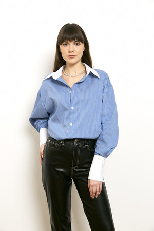 Long sleeved buttoned blouse with pockets