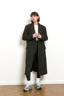Wool blend slim fit coat in Brown tone