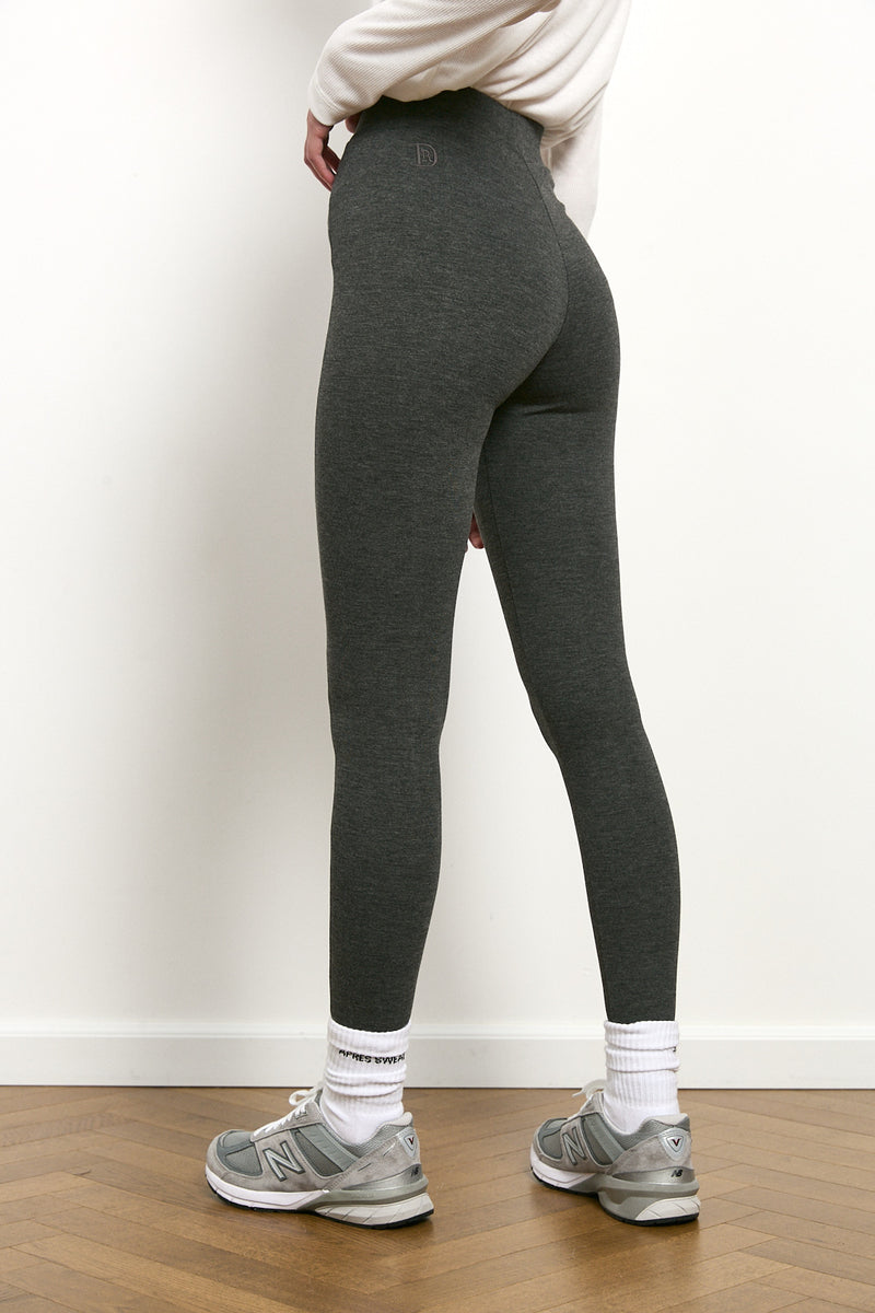DR leggings in Grey