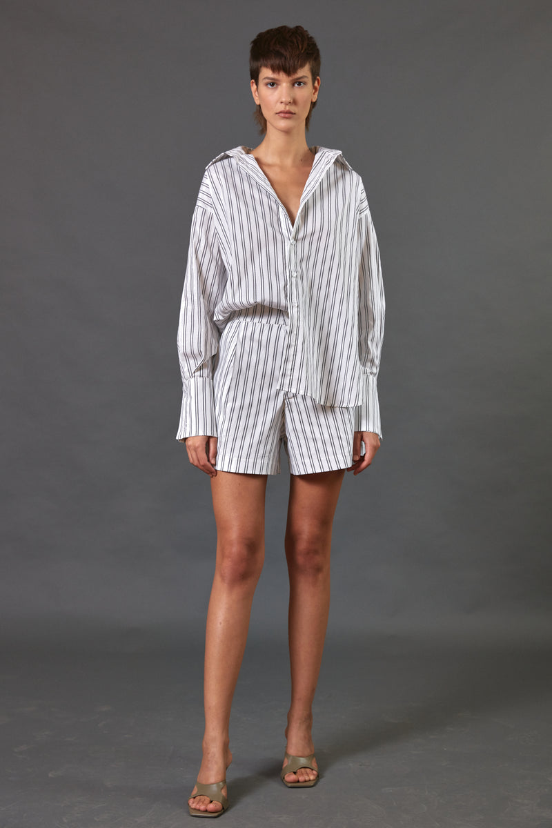 Buttoned up shirt shirt in grey stripes