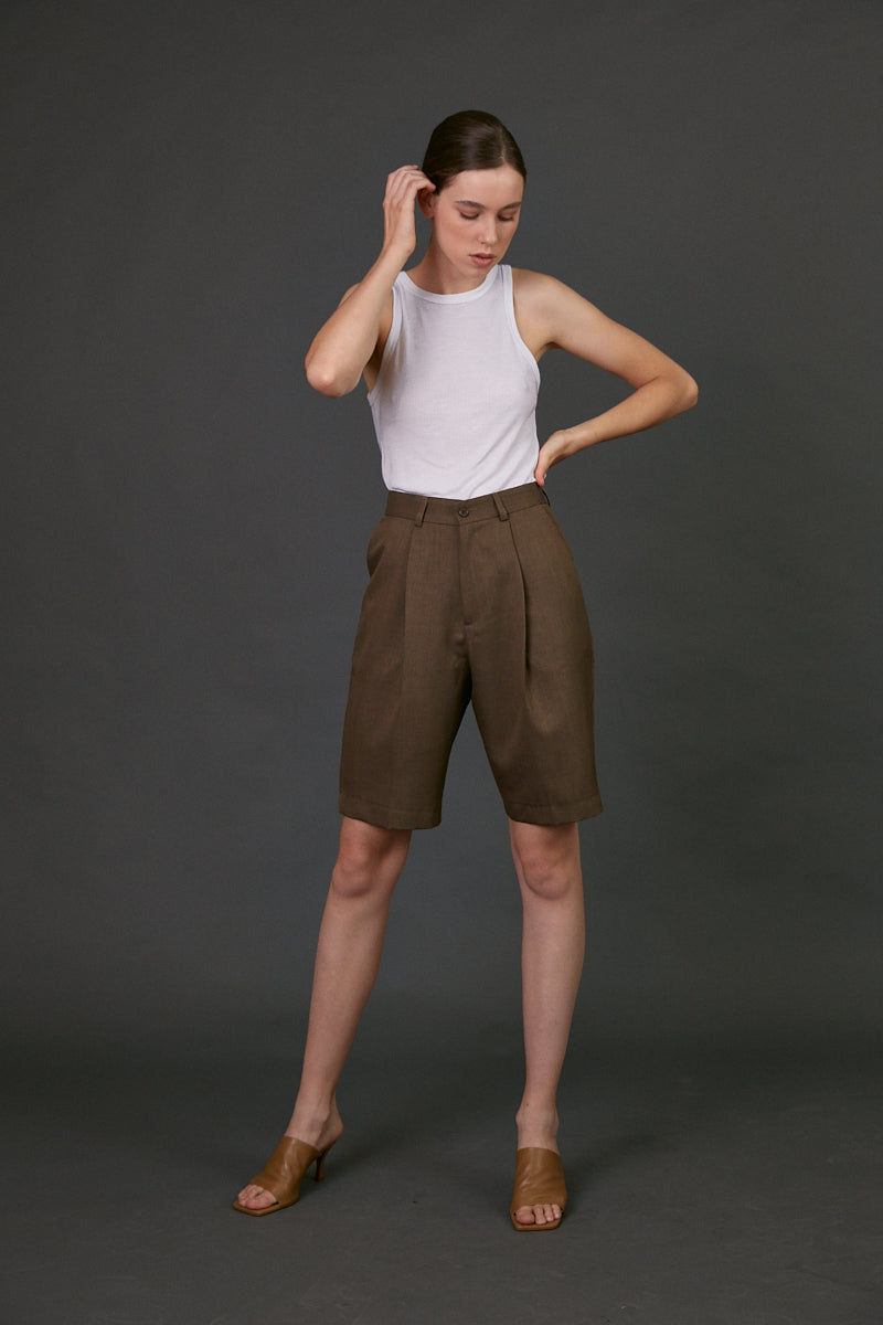 Daddy bermuda shorts in Chocolate Brown