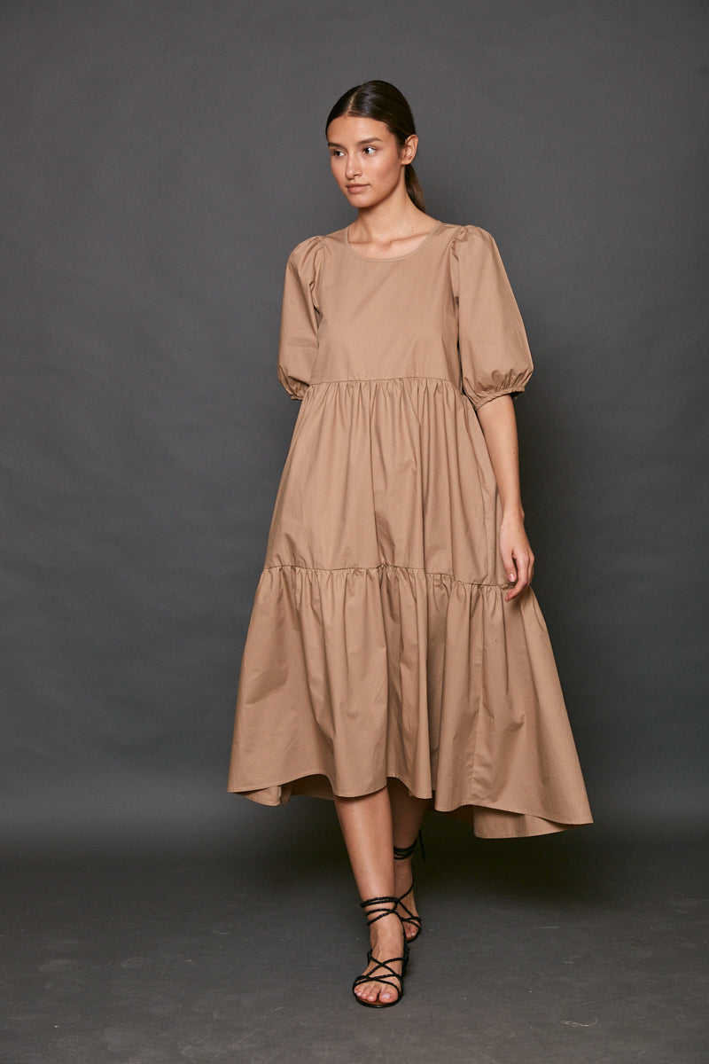 Voluminous midi dress