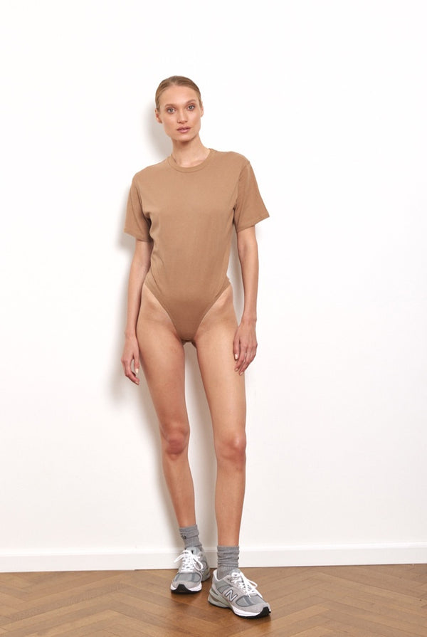 T shirt bodysuit in Camel