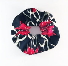 Pua Nani Hair Scrunchie