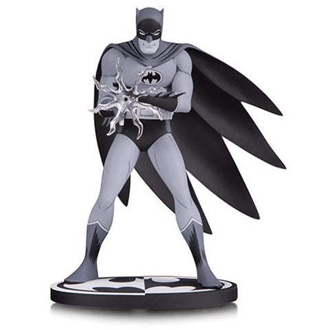 DC Collectibles Batman Black and White by Jiro Kuwata Statue
