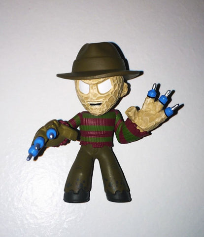 Funko Mystery Mini Horror Wave 3 Freddy Krueger (Syringe Fingers)