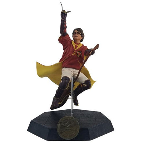 Harry Potter Quidditch Outfit Statue