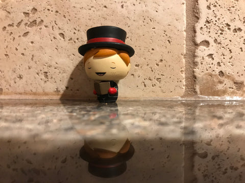 Funko Pint Size Hero Freddy Funko Caroling (Red)