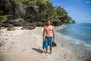 Postcards From Paradise with Brent Bielmann