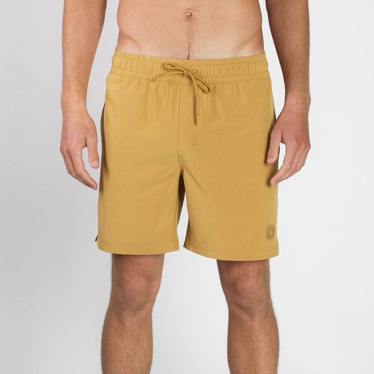 Seeker Volley Short Mustard