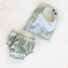 nappy cover and bib set