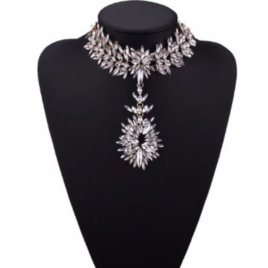 Showstopper Choker