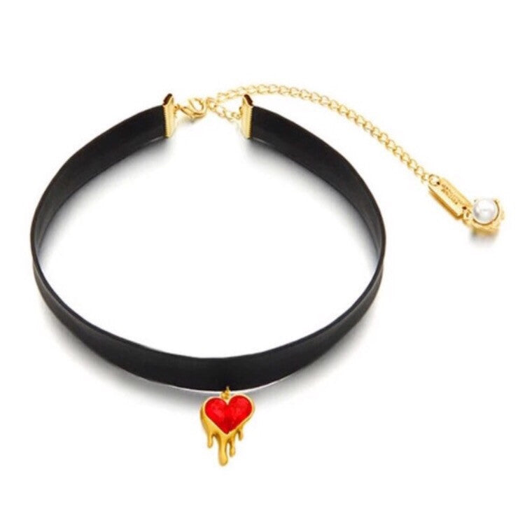 Shattered Heart Choker