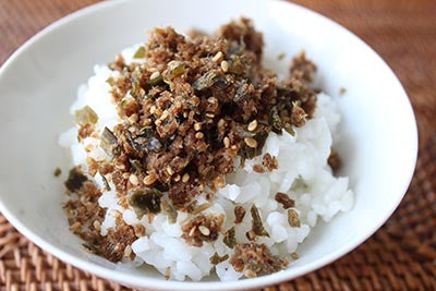 Steamed rice seasoned with furikake