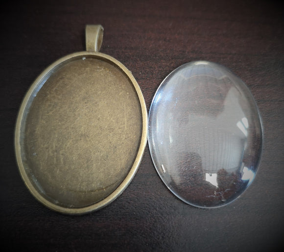 Antiqued Brass Pendant and Glass Lens - DaliART