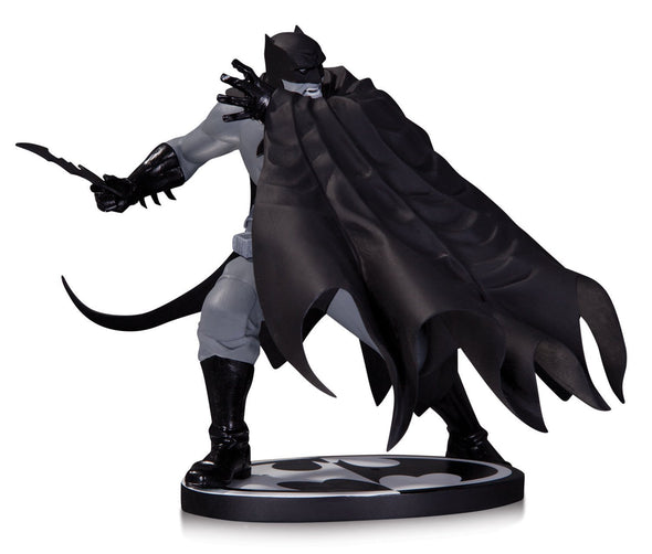 DC Collectibles Batman Black and White: DAVE JOHNSON - Nerd Arena