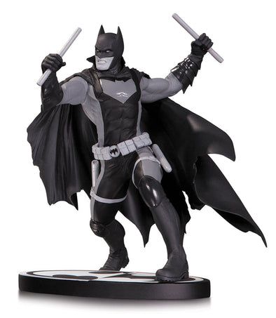 DC Collectibles Batman Black and White: Earth 2 Statue - Nerd Arena