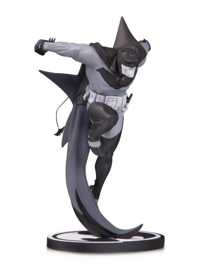 DC Collectibles Batman Black and White Statue (Sean Murphy) - Nerd Arena