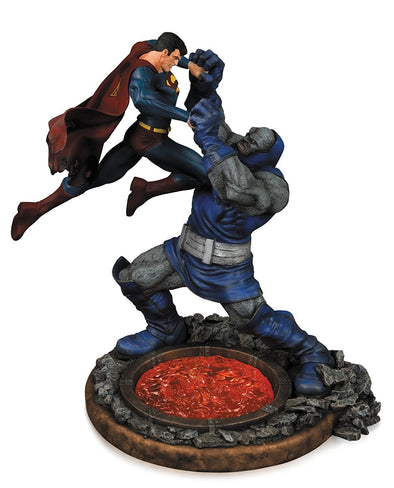 DC Collectibles Superman vs. Darkseid Statue (Second Edition) - Nerd Arena