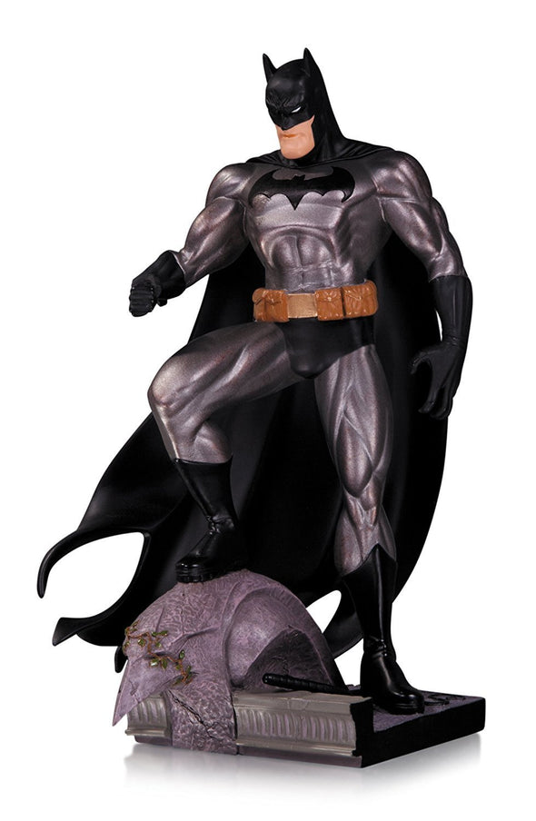 DC Comics Collectibles Batman Metallic Mini Statue Jim Lee - Nerd Arena