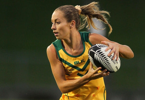 Danni Davis playing Touch Football for Australia