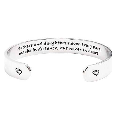 Mothers and Daughters Maybe In Distance But Never Truly Part But Never In Heart Bracelet - InnovatoDesign