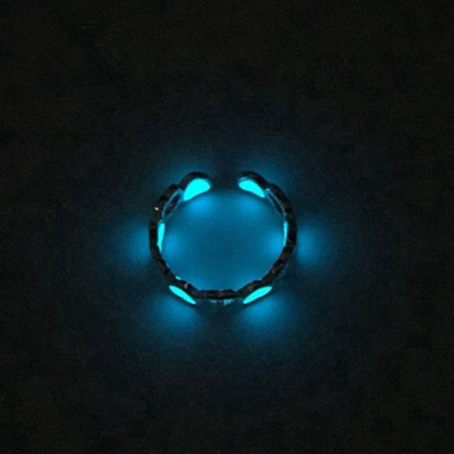 Self Luminous Glow In The Dark Ring Heart-Shaped in Multiple Colors - InnovatoDesign