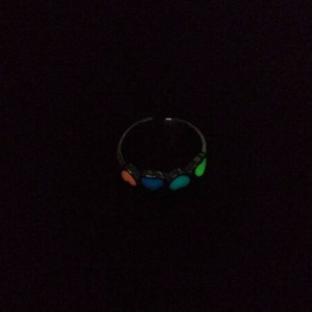 Self Luminous Glow In The Dark Ring Heart-Shaped in Multiple Colors
