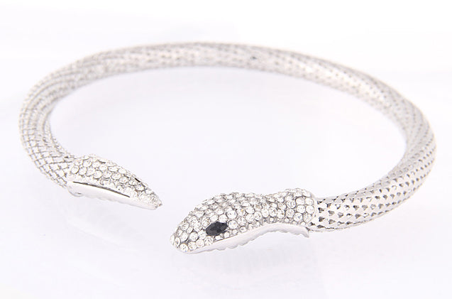 Silver Plated Choker Snake Necklace - InnovatoDesign