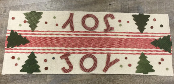 Wool appliqué Holiday Runner