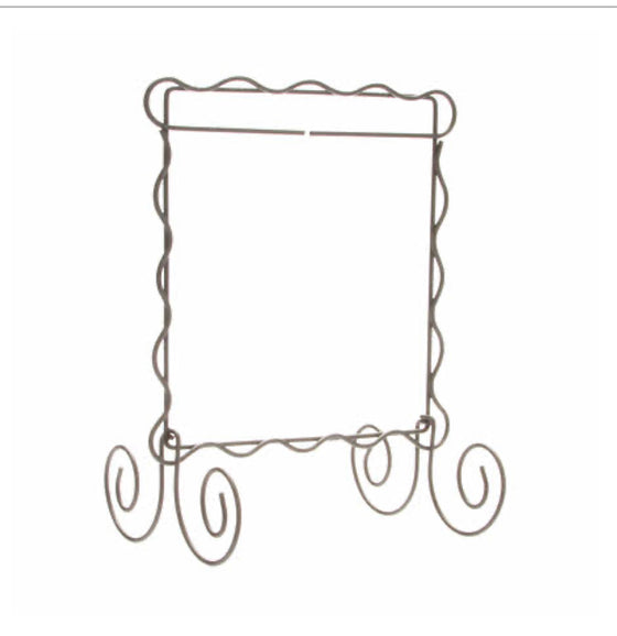 Scalloped Wire Stand
