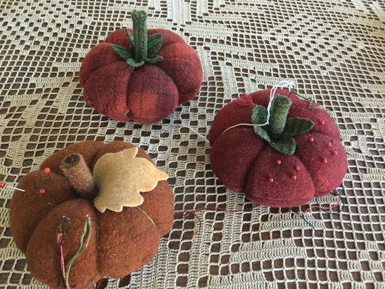 Beefsteak Tomato or Pumpkin  Pin Cushion