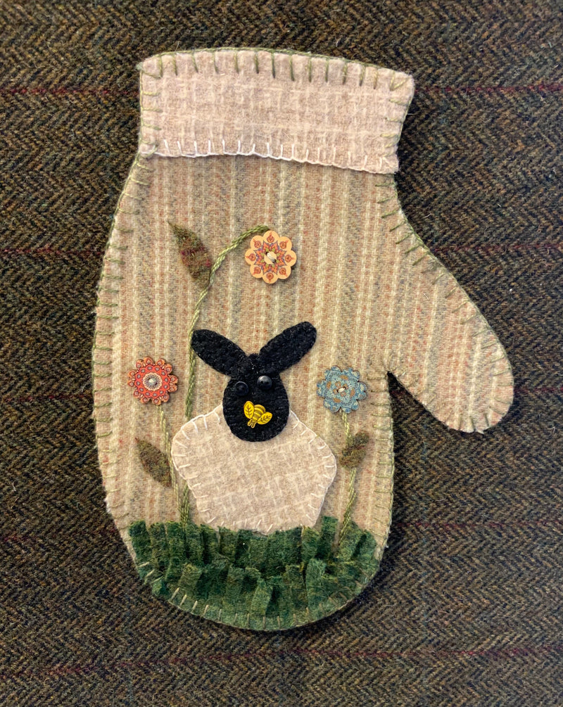 Honey B. Lamb Mitten kit