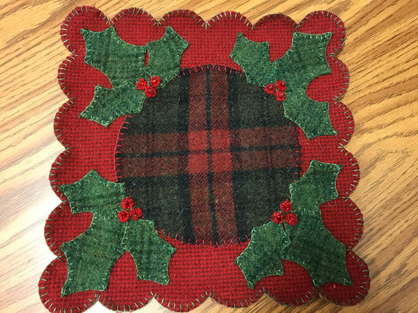 Holly Berry Candle mat