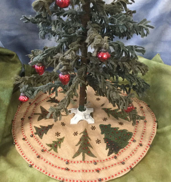 """Oh Christmas Tree Skirt"" 21 inches!"