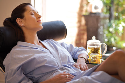 Relaxation and meditation tips for nursing moms