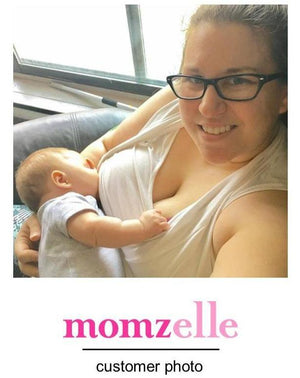 Breastfeeding mama in the Josiane nursing top