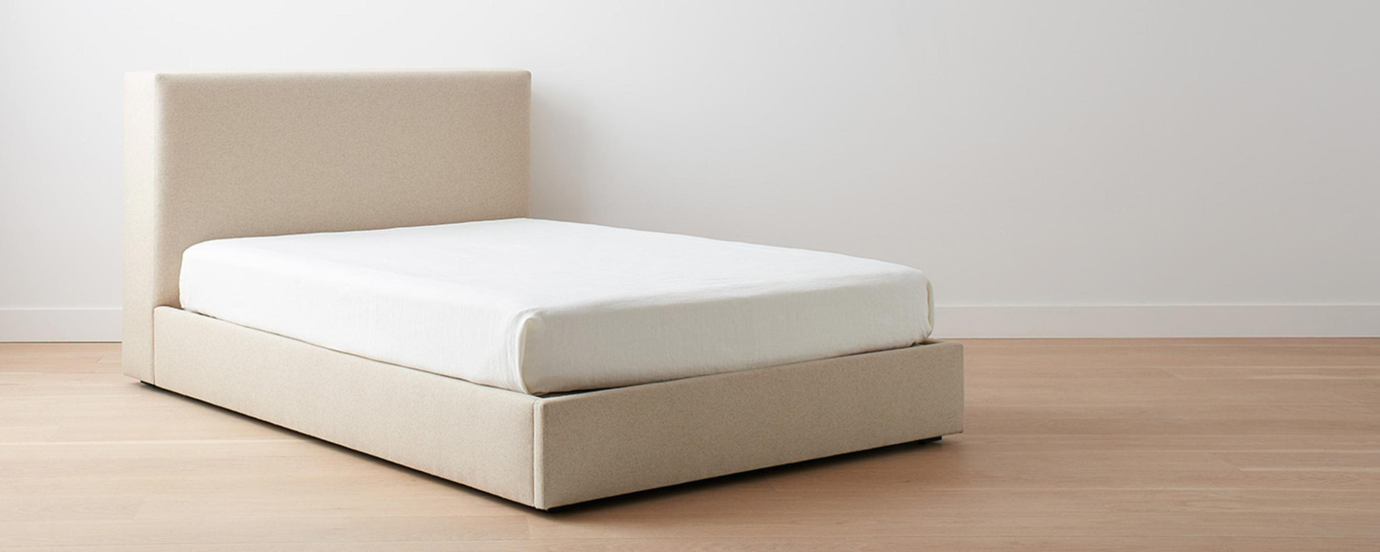 lazy point bed