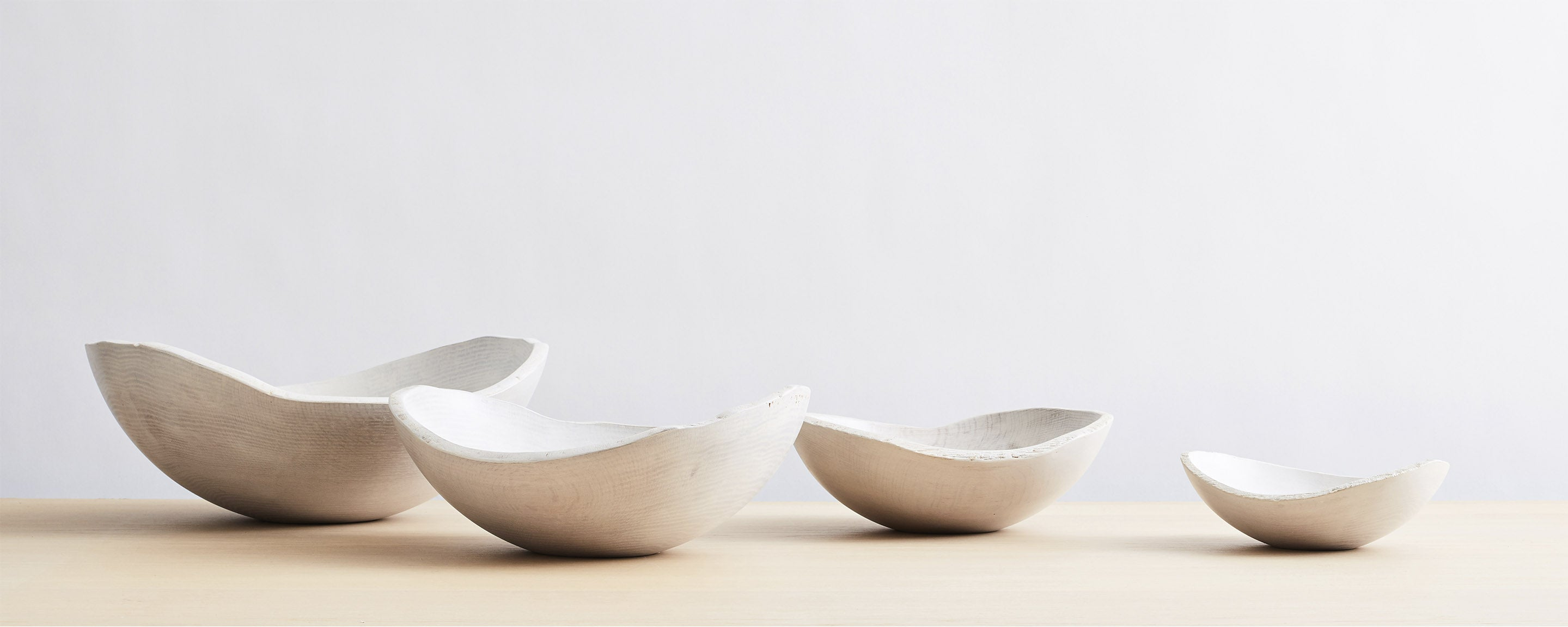white pearl oval bowls