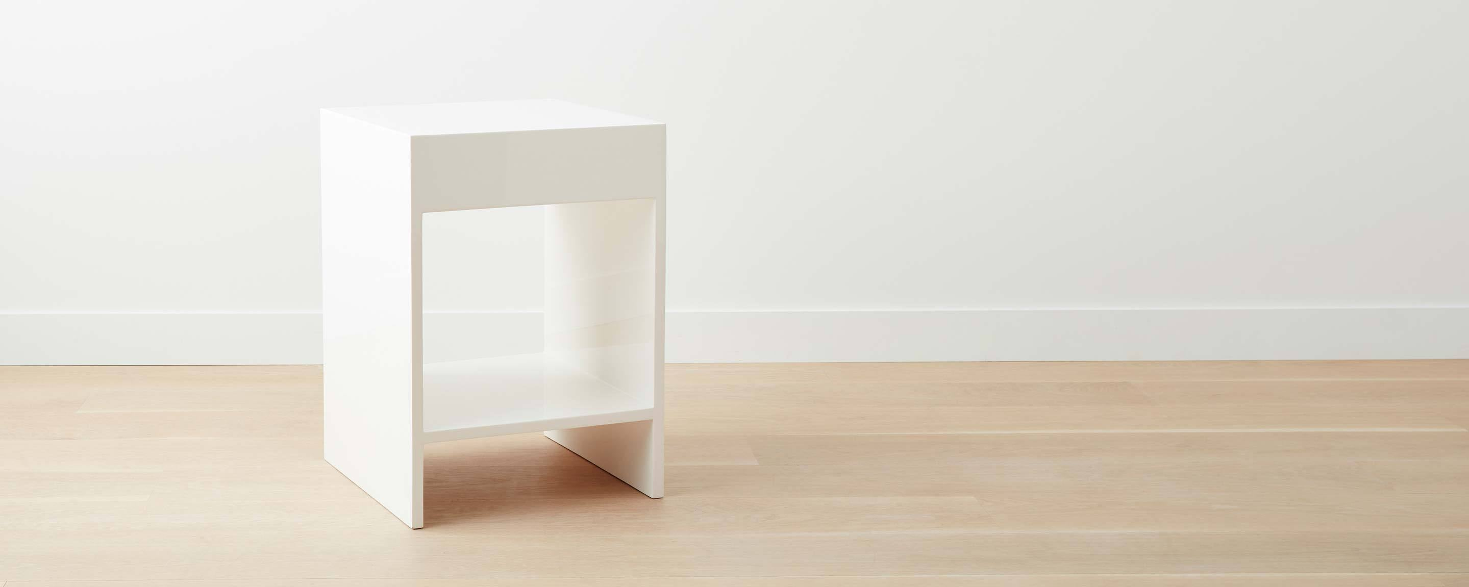 lacquer nightstand - white