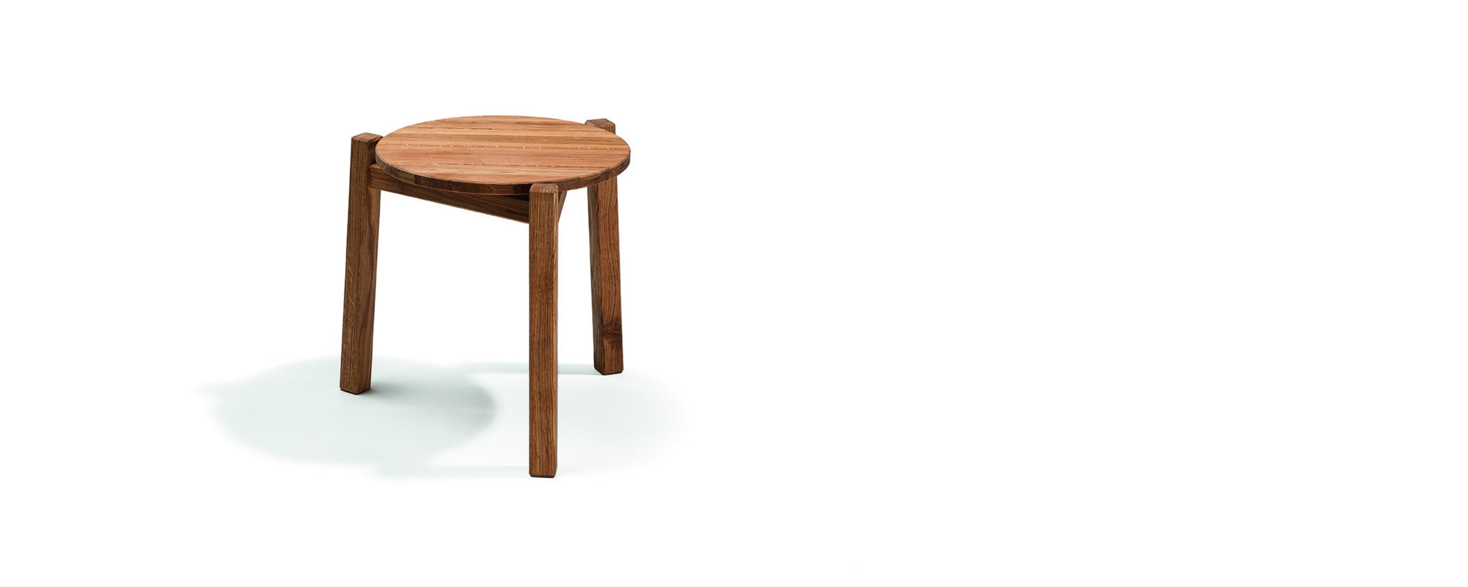 djuro small lounge table