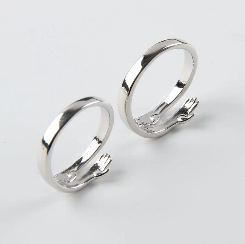 Couple Hug Ring [New Arrival]