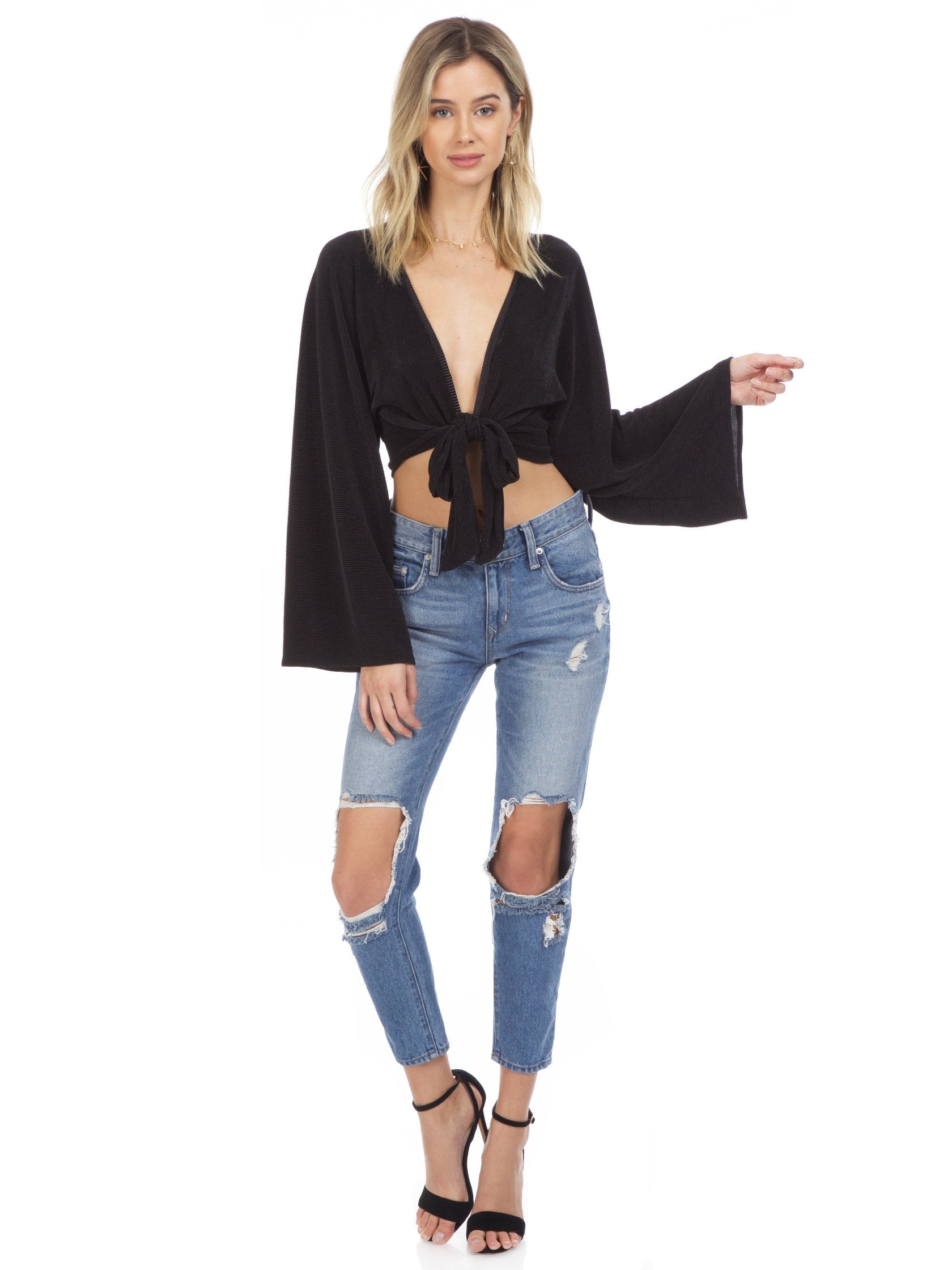 Girl wearing a top rental from Blue Life called Crystal Pleated Kimono Tie Front Top