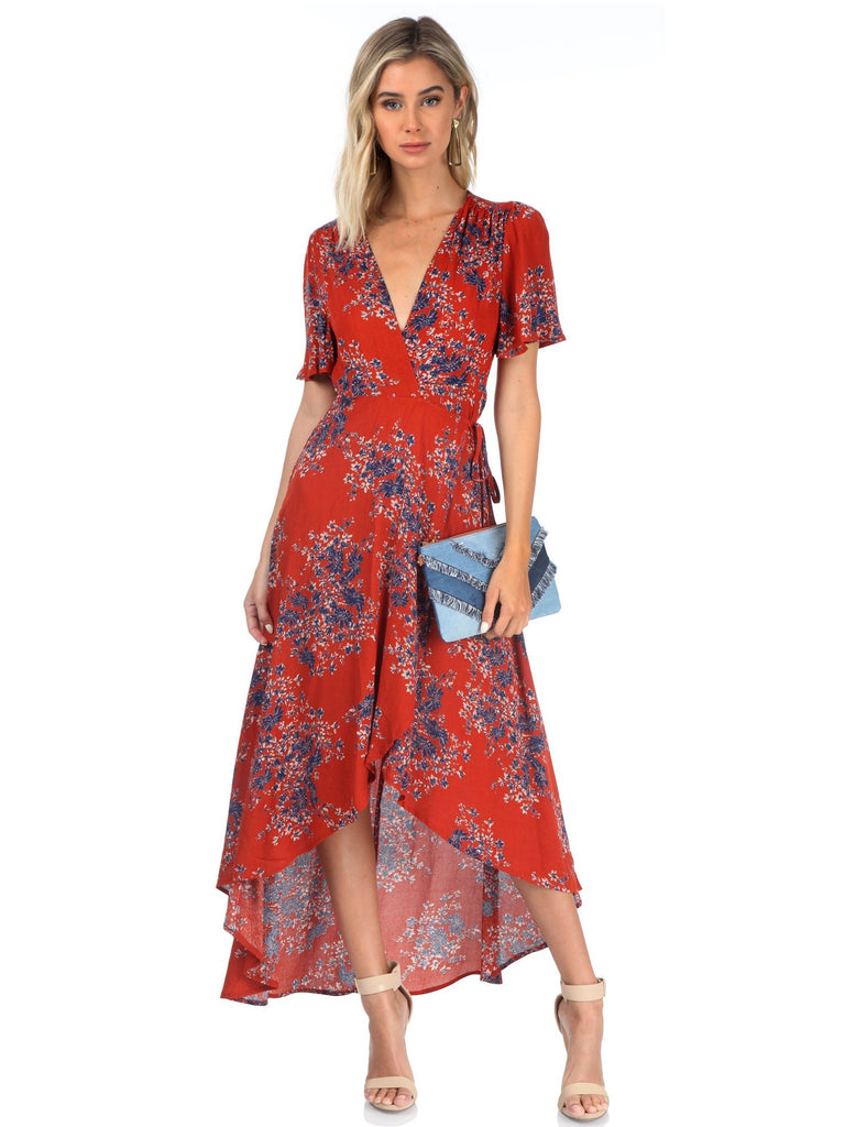 Women outfit in a dress rental from FashionPass called Kennedy Maxi Dress